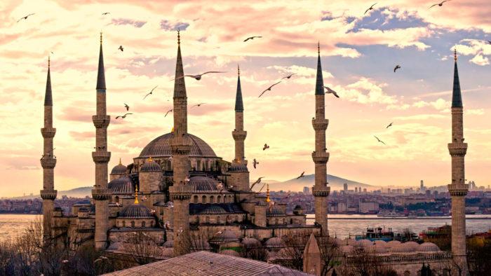 Когда откроют туристический сезон в Турции