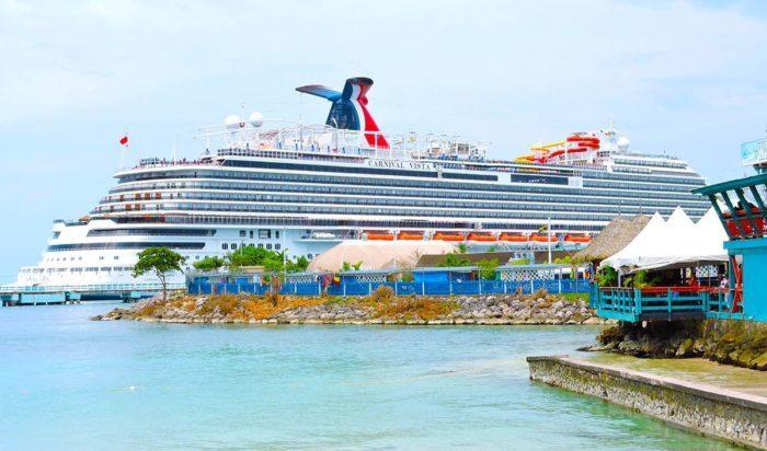 Carnival Cruise Line возобновит часть круизных маршрутов 1 августа