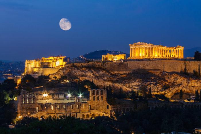 Верификация на инфекцию перед вылетом за границу – обязательное правило всех туристов, желающих отдохнуть в Греции