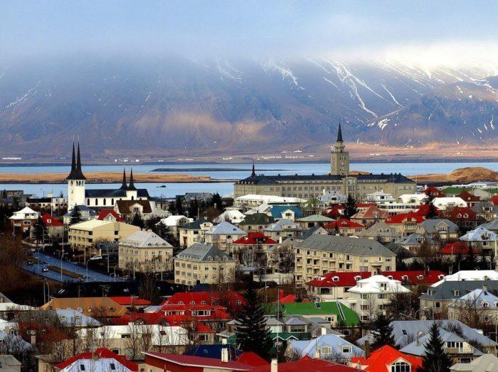 Когда Исландия ослабит ограничительные меры