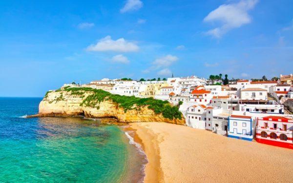 Алгарве останется без туристов до апреля 2021 года