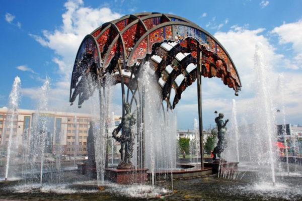 «Utair» возобновляет полеты из Махачкалы в Тюмень и Санкт-Петербург