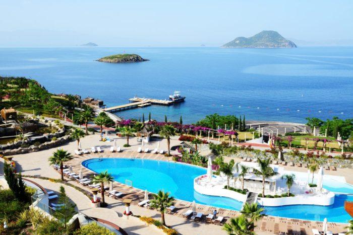 Турция договаривается о возобновлении туризма
